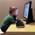 У ребёнка болит голова: основные причины, безопасные способы лечения
